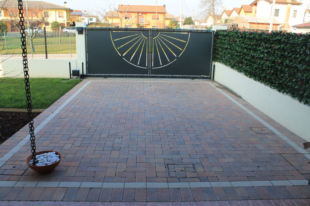 Nordesterni pavimentazione per esterni treviso e venezia - Gradini in cemento per esterno ...